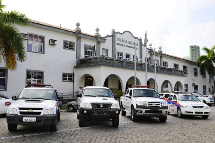 PM receberá 12 caminhonetes, 23 carros, 462 coletes à prova de balas e 160 pistolas não-letais