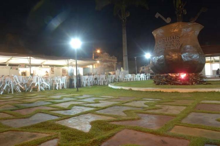 Praça central de Martins volta a receber o caldeirão gastronômico