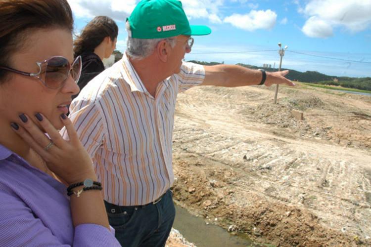 Prefeita Micarla foi ver Lixão da Cidade Nova e anuncia projetos de praça para a comunidade local