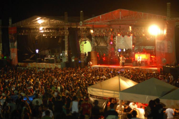 De volta após a não realização em 2010, Festival Mada tem a árdua tarefa de montar uma programação híbrida que atraia público, entre os nomes consagrados e artistas ainda desconhecidos