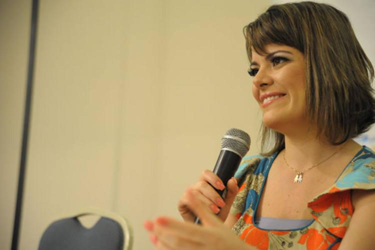Ana Paula Valadão confirma no blog que houve ajuda financeira para a gravação do DVD