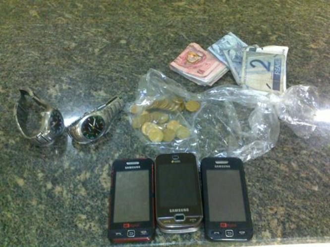 Material roubado foi recuperado pela polícia