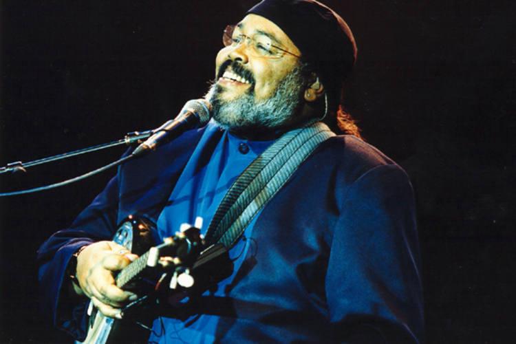 Jorge Aragão está inserido na programação do Agosto, com show dia 6, na Praça Augusto Severo