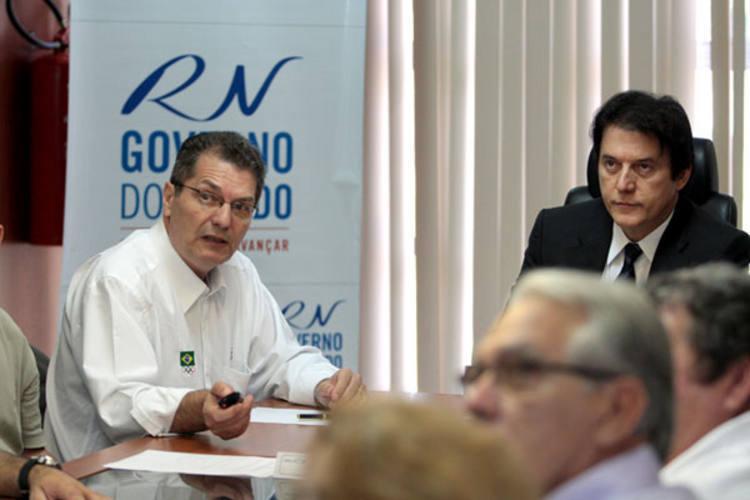 Edgar Hubner fez a explanação sobre os jogos aos desportistas e ao vice-governador Robinson Faria