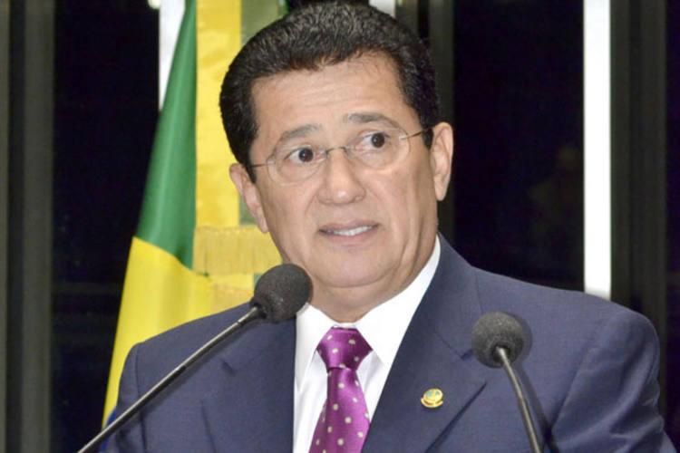 Alfredo Nascimento se defendeu na tribuna do Senado das denúncias de corrupção no Ministério dos Transportes