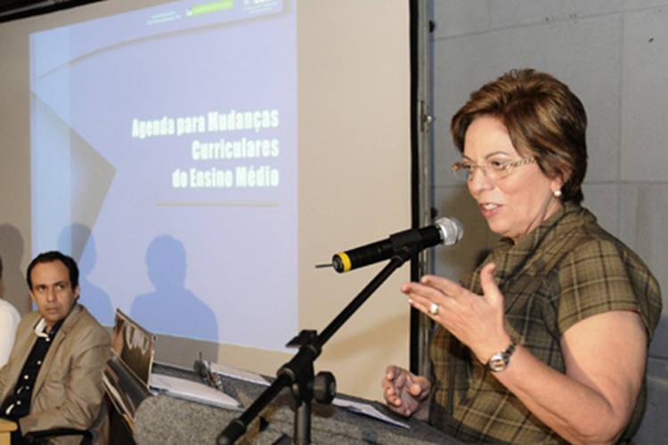 Governadora Rosalba Ciarlini defende a elaboração de um  plano estadual de educação ainda este ano