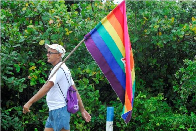 Parada Gay reuniu milhares de pessoas nas ruas de Natal
