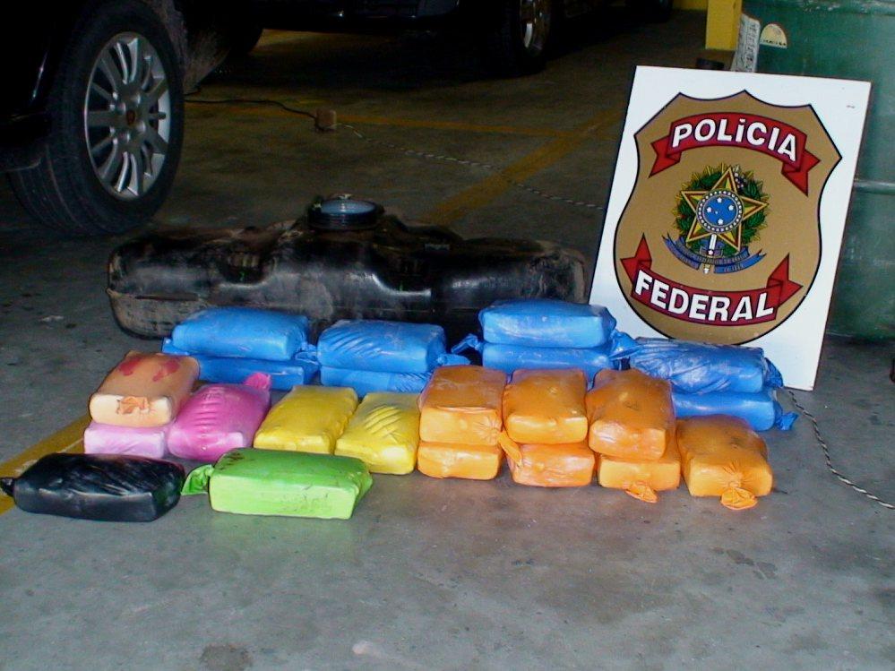 25,3 kg de crack foram encontrados em posse dos paranaenses