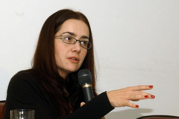 Débora Diniz, socióloga da UnB: concessão do governo brasileiro às pressões de grupos religiosos