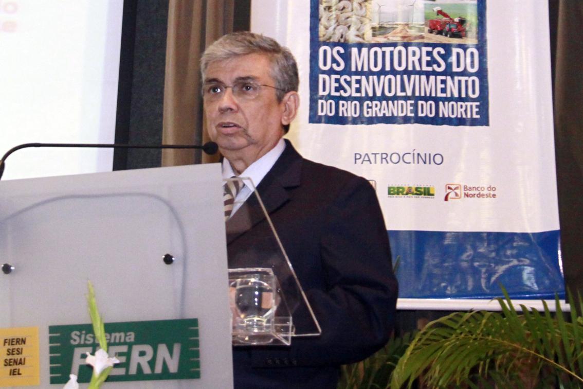 """* """"Previdência deveria ser preocupação de todos os brasileiros"""", diz ministro Garibaldi."""