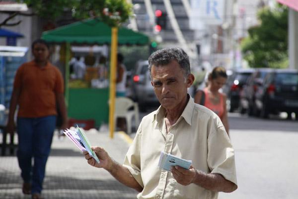 A relegada Poesia popular ganha espaço esta semana com lançamento da Caravana do Cordel, no IFRN, e lançamentos de livros como O Verso e o Briefing, de Clotilde Tavares