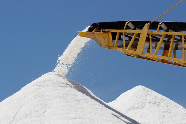 Produção do sal potiguar perderia competitividade sem a  prorrogação da isenção do frete marítimo