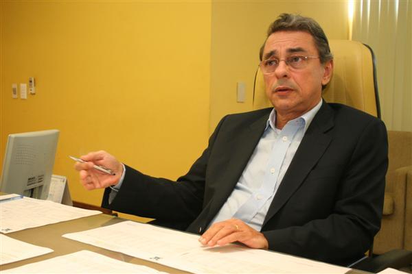 Secretário Obery Rodrigues Júnior garantiu que estado vai providenciar recursos para Sesap e UERN em setembro e outubro, respectivamente
