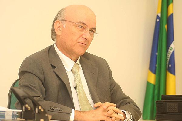Juiz Ibanez Monteiro defende maior informatização da Justiça