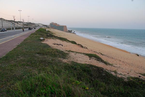 A Via Costeira de Natal deverá sediar novos empreendimentos hoteleiros, em áreas localizadas nas proximidades de alguns dos principais cinco estrelas do Estado
