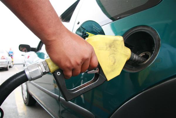 Sindcom confirma que gasolina e óleo diesel confirma que o preço dos combustíveis não irão aumentar