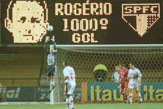 Rogério também marcou o milésimo gol do São Paulo em Campeonatos Brasileiros, em 2000 contra o Inter