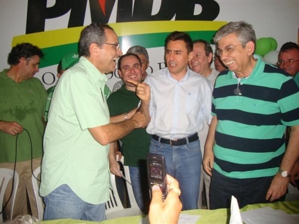 Henrique e Garibaldi participam, em Pau dos Ferros, de encontro com lideranças do PMDB do Alto Oeste