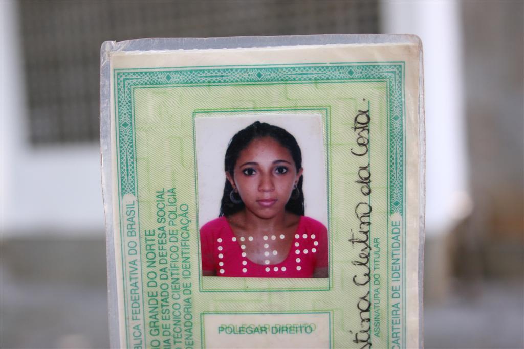 Tereza Cristina Celestino da Costa, 25 anos, faleceu no acidente