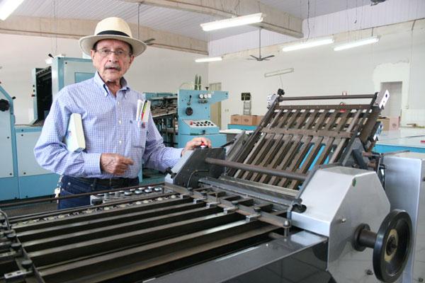 Geraldo começou na época da tipografia universitária, e há mais de uma década não visitava a EDUFRN