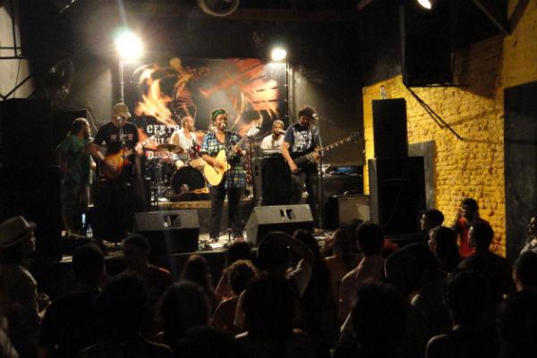 A banda Soatá (DF/PA) agitou o palco do DoSol durante a programação do Circuito Cultural Ribeira