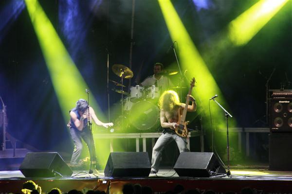 Presença de palo dos músicos chamou atenção na apresentação