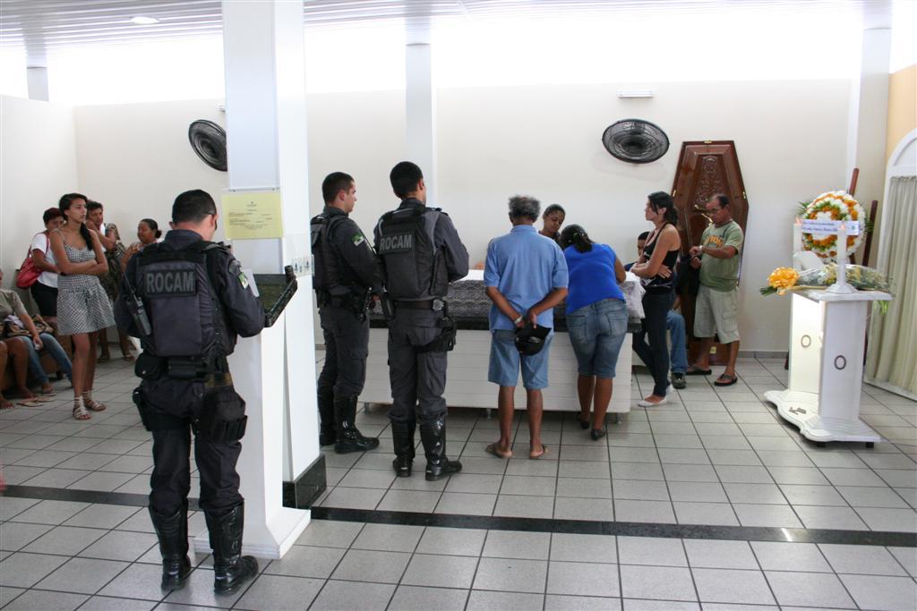 Velório do policial militar José Wilton de Almeida