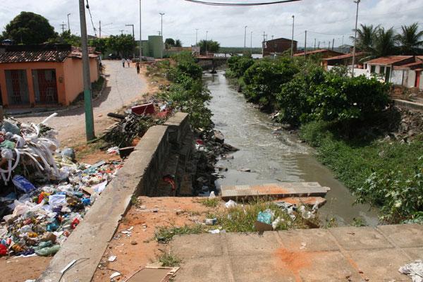 Obras de reconstrução do Canal do Baldo no Paço da Pátria estão paralisadas desde o início do ano