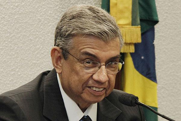 O ministro Garibaldi Alves Filho recebeu a notícia durante reunião
