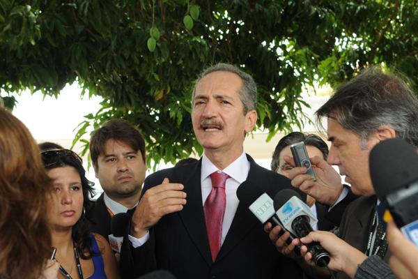 Aldo Rebelo concedeu primeira entrevista na condição de ministro dos Esportes