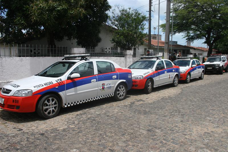 Segundo o coronel Araújo, comandante da PM, viaturas da Polícia de Choque e da Polícia Feminina foram redistribuídas para dar suporte ao policiamento