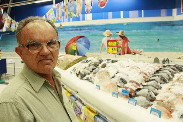 José Saraiva Sobrinho come peixe, pelo menos três vezes por semana, apesar de achar o preço alto