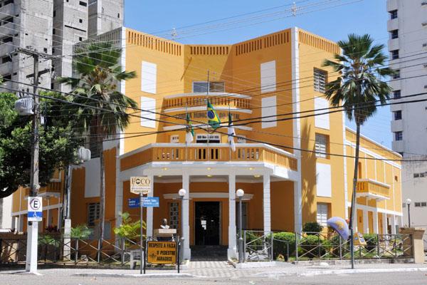 O Palácio Padre Miguelinho é  nome oficial do prédio que sedia a Câmara Municipal de Natal