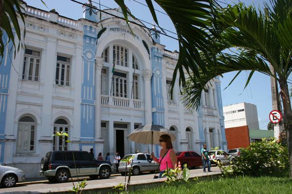 Disputa pelo Palácio Felipe Camarão  levará a novas composições