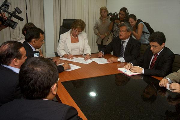 Protocolo detalhando planos foi firmado ontem com a governadora