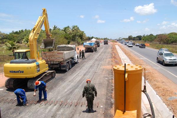 O Batalhão do Exército é responsável pela execução de obras em três trechos da BR-101, em lotes localizados nos estados do Rio Grande do Norte,  Paraíba e Pernambuco