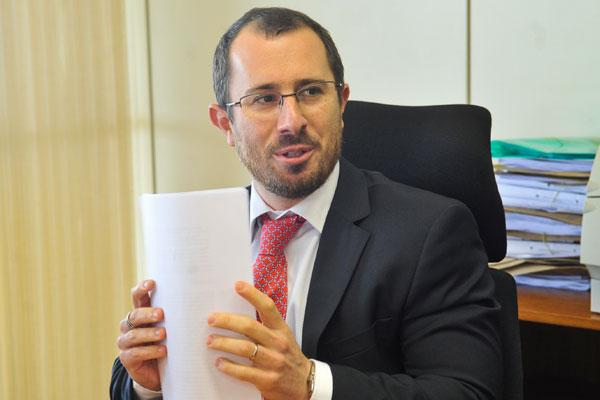 Carvalho: prejuízo aos consumidores é de quase R$ 1 bilhão/ano