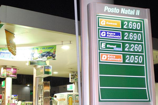 A pesquisa do Procon mostra que o preço mais comum para a gasolina é R$ 2,69, por litro, nos postos de Natal e de Nova Parnamirim