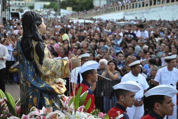 Fiéis celebram Nossa Senhora da Apresentação na Pedra do Rosário