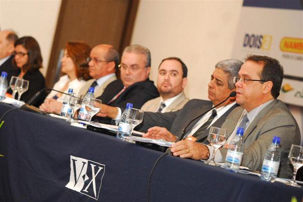 Autoridades no ramo energético participam do encontro