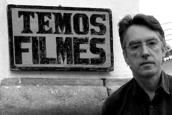 O poeta, músico e compositor Bráulio Tavares é autor de canções famosas como Nordeste Independente.