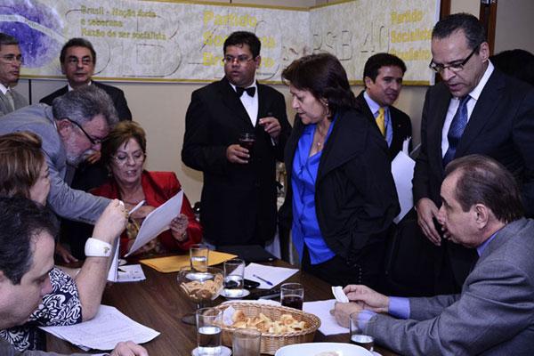 Governadora, deputados e senadores negociam as propostas de investimentos para o PPA