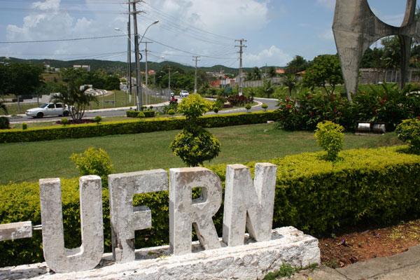 Para o ano letivo de 2012, a Universidade Federal do Rio Grande do Norte está oferecendo 6.209 vagas. Provas terão início amanhã (27)