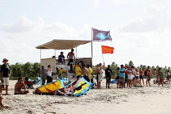Estrutura montada na praia serviu para reunir atletas, turistas e muitos moradores de Gostoso