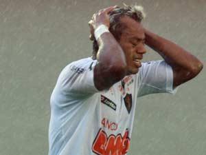Marcelinho Paraíba no último jogo do Sport na Série B em 2011, disputado no sábado (26)