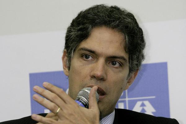 Ricardo Amorim, Economista e consultor