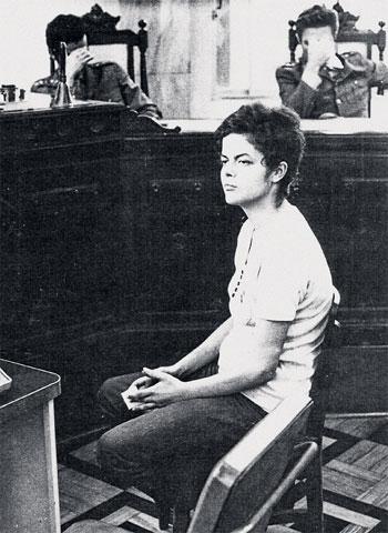 Dilma em interrogatório em 1970