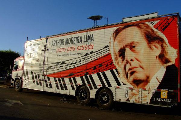 O pianista Arthur Moreira Lima sai em turnê pelo país e passa pelo RN entre 8 e 23