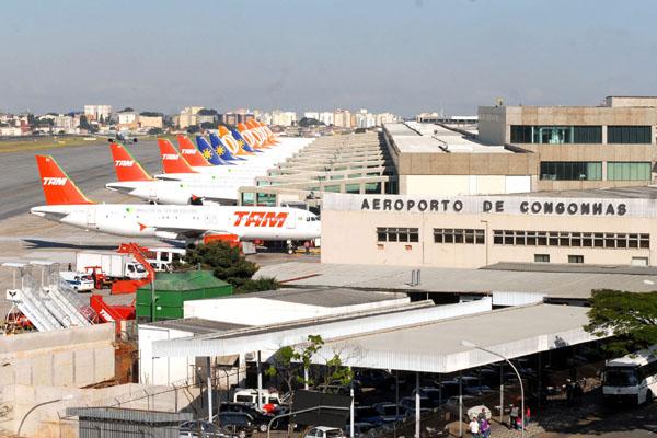 O aeroporto de Congonhas, um dos mais movimentados do país, é gerenciado pela Engevix - uma das empresas do consórcio que fará o terminal de São Gonçalo