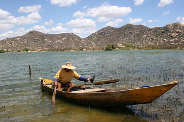 Água represada pelo Gargalheiras para abastecer Currais Novos e Acari corre risco de contaminação